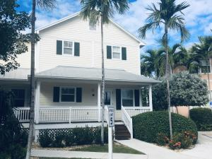 4  Coral Way  For Sale, MLS 589015