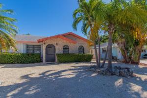 318  2nd Terrace  For Sale, MLS 589252