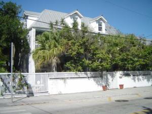 703  Eaton Street 1 For Sale, MLS 589347