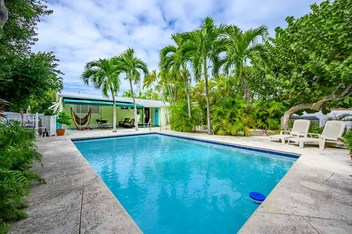 1731  Bahama Drive