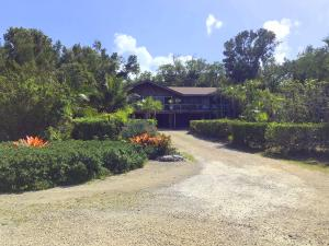 140  Gimpy Gulch Drive  For Sale, MLS 588389