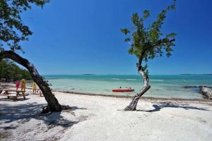 96000  Overseas Highway T4 For Sale, MLS 589582