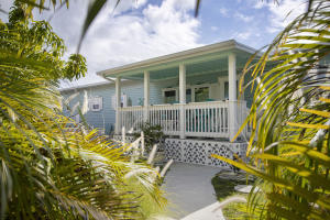 55  Boca Chica Road 28 For Sale, MLS 589814