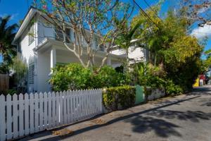 725  Poorhouse Lane  For Sale, MLS 590066