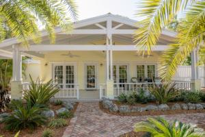 141  Plantation Boulevard  For Sale, MLS 590486