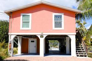 3686  Tropic Street  For Sale, MLS 590506