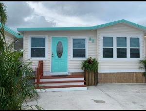 55  Boca Chica Road 58 For Sale, MLS 590902