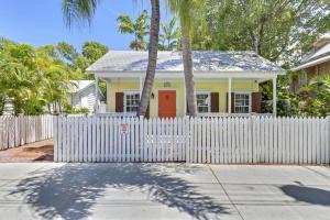 1019  Whitehead Street  For Sale, MLS 590968
