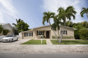18  Beachwood Drive  For Sale, MLS 590607