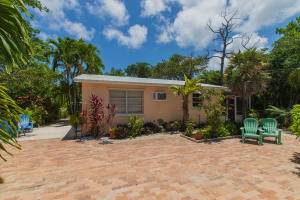 29284  Coconut Palm Drive  For Sale, MLS 591051