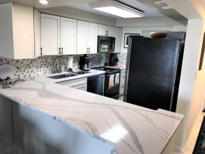 1115  Sombrero Boulevard 305A For Sale, MLS 591386