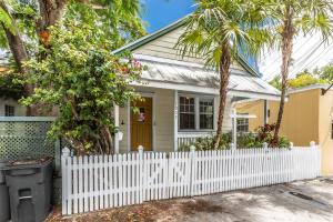 1009  Varela Street  For Sale, MLS 591704
