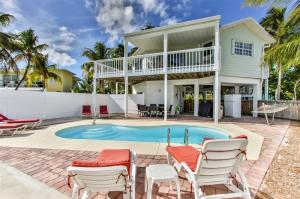 500  Sombrero Beach Road  For Sale, MLS 591735