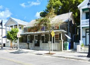 803  Whitehead Street B For Sale, MLS 591903