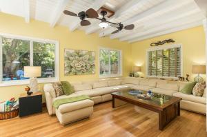 278  Gardenia Street  For Sale, MLS 592385