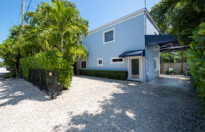 18  Coconut Drive  For Sale, MLS 592686