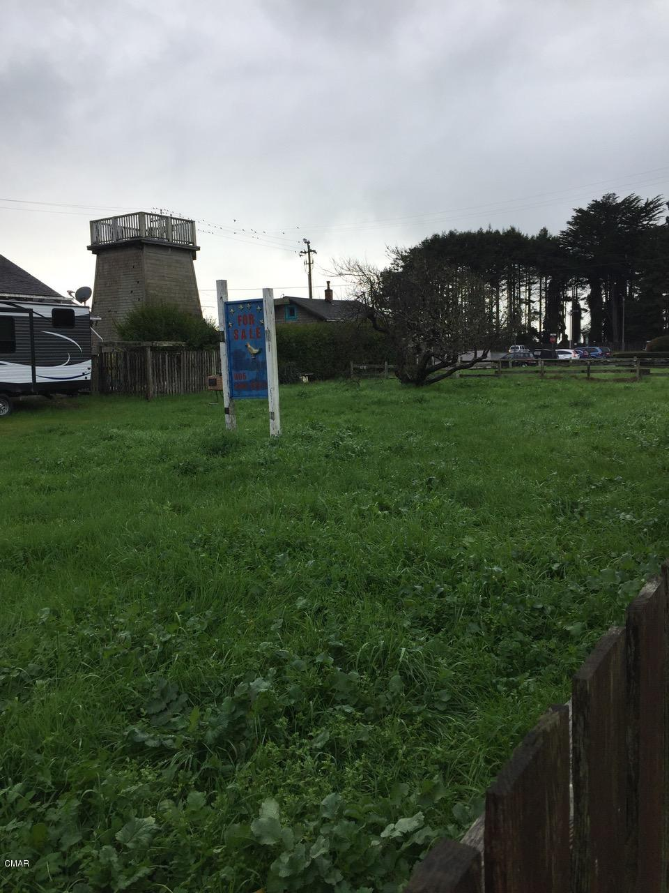 Additional photo for property listing at 585 S Franklin Street Fort Bragg, California 95437 United States