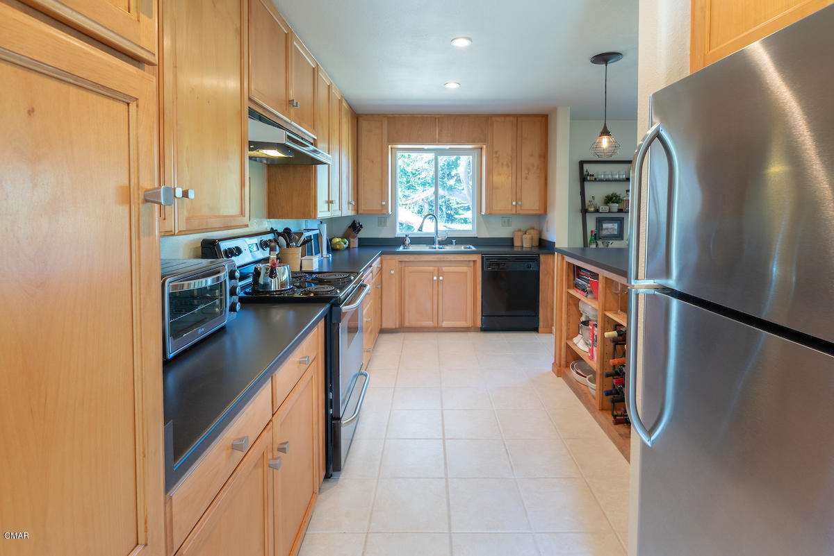 Additional photo for property listing at 44900 Baywood Drive 44900 Baywood Drive Mendocino, California 95460 United States