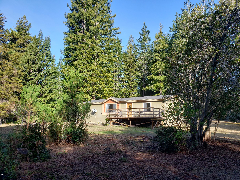 Casa Unifamiliar por un Venta en 32001 Albion Ridge Road 32001 Albion Ridge Road Albion, California 95410 Estados Unidos