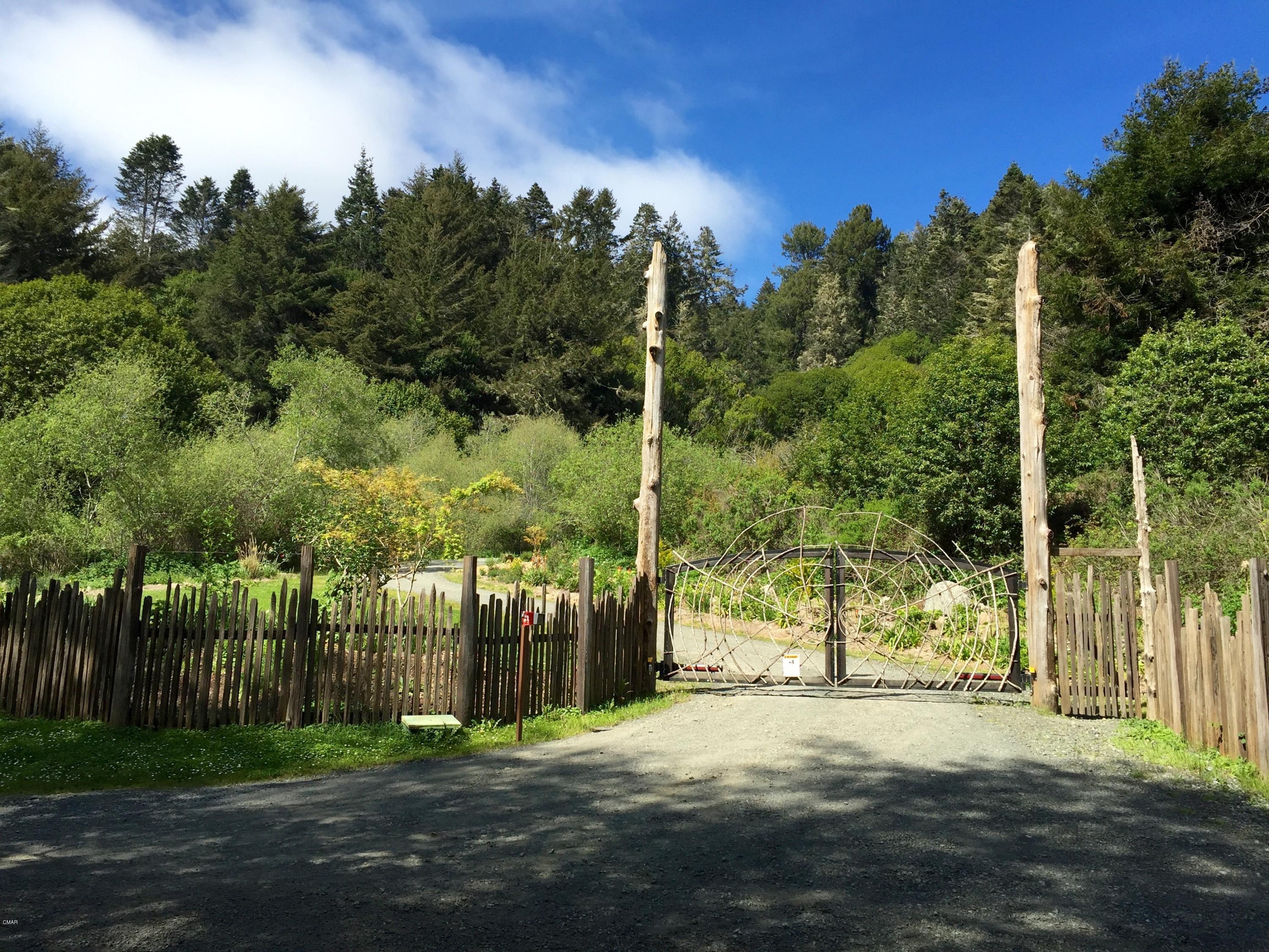 Single Family Home for Sale at 29100 Camp 2 10 Mile Road 29100 Camp 2 10 Mile Road Fort Bragg, California 95437 United States