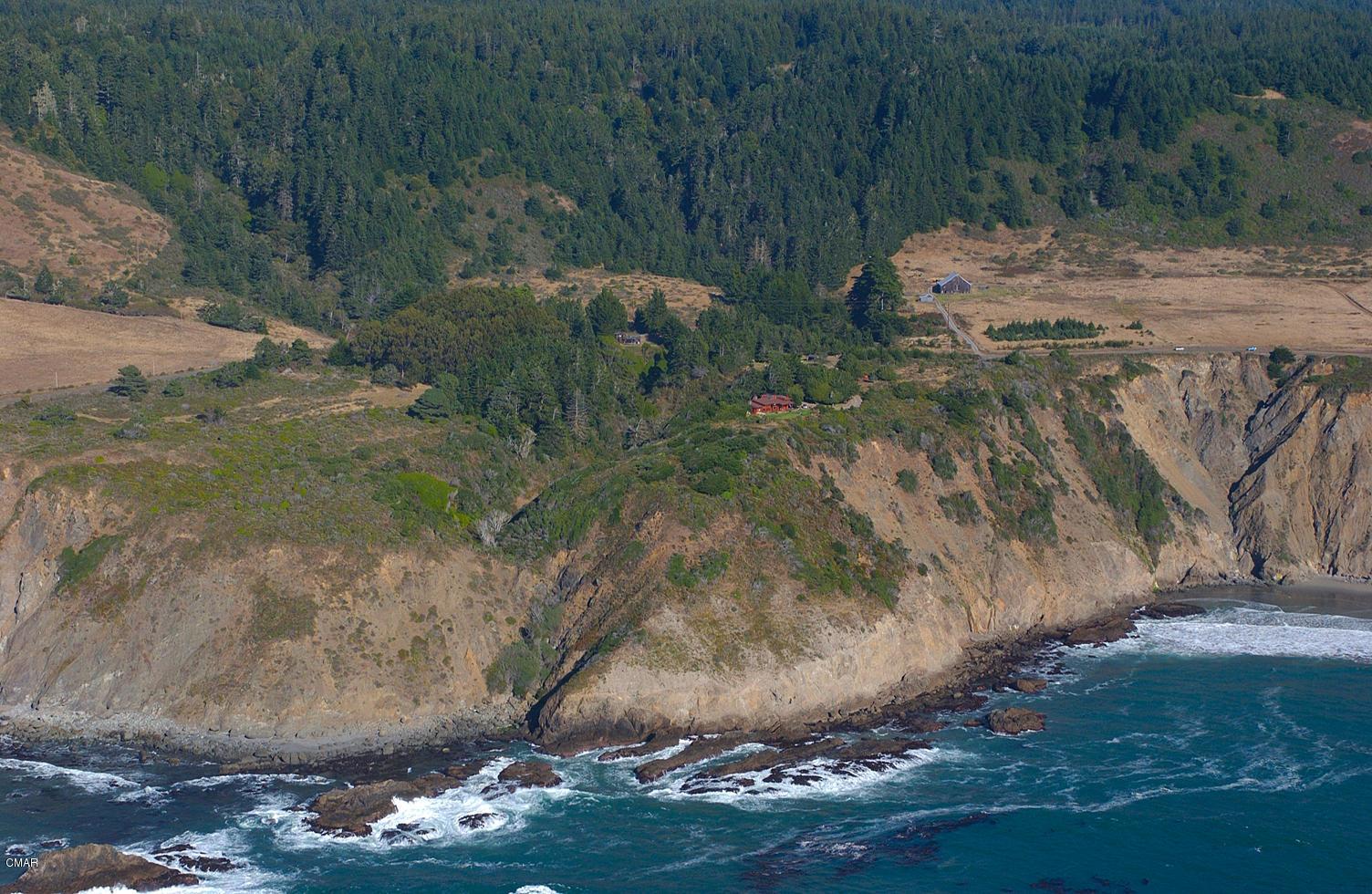 Casa Unifamiliar por un Venta en 3300 Ca-1 3300 Ca-1 Elk, California 95432 Estados Unidos