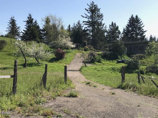 Casa Unifamiliar por un Venta en 26301 Albion Ridge Road Albion, California 95410 Estados Unidos