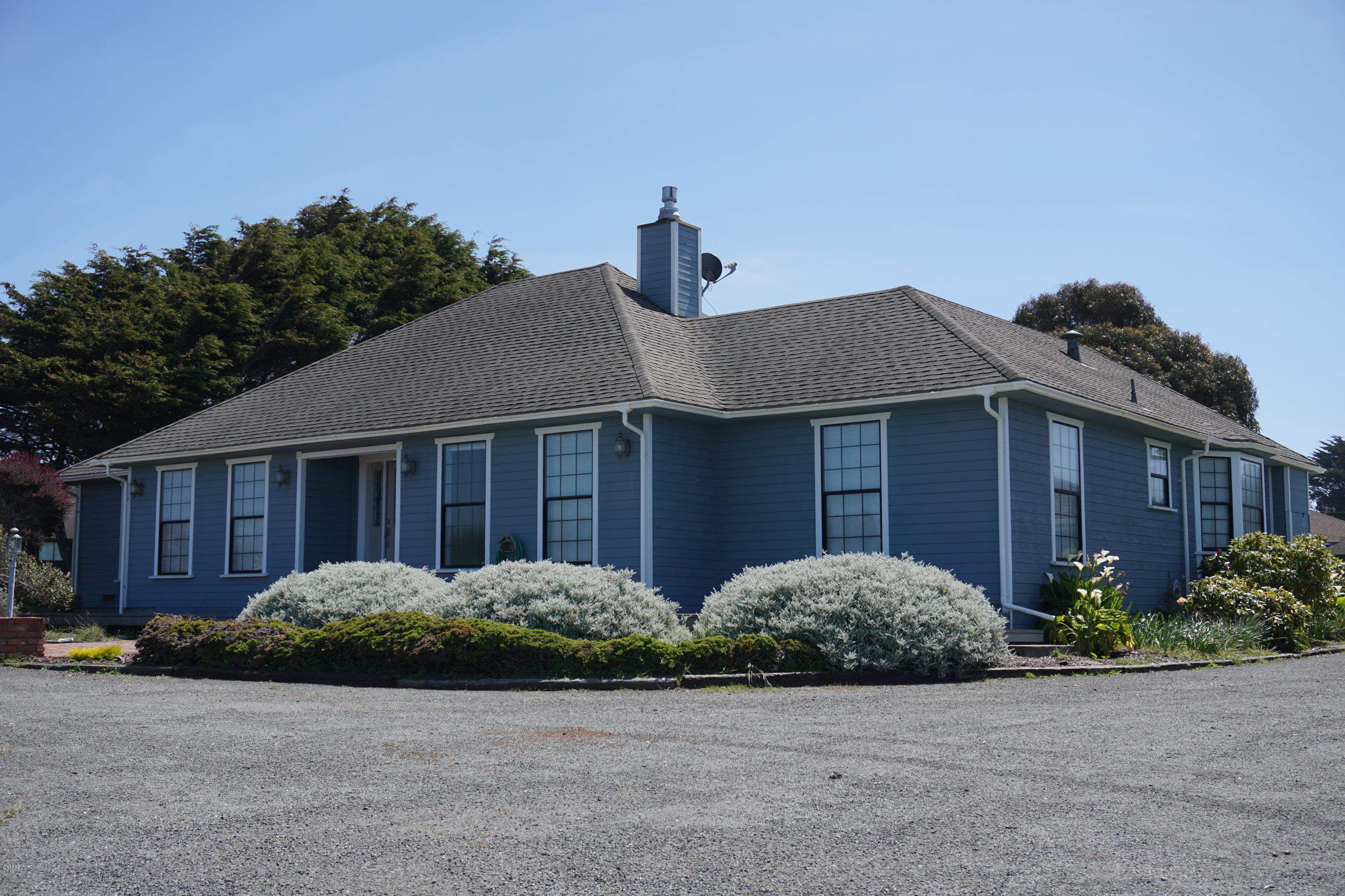 Single Family Home for Sale at 34451 Sunset Way Fort Bragg, California 95437 United States