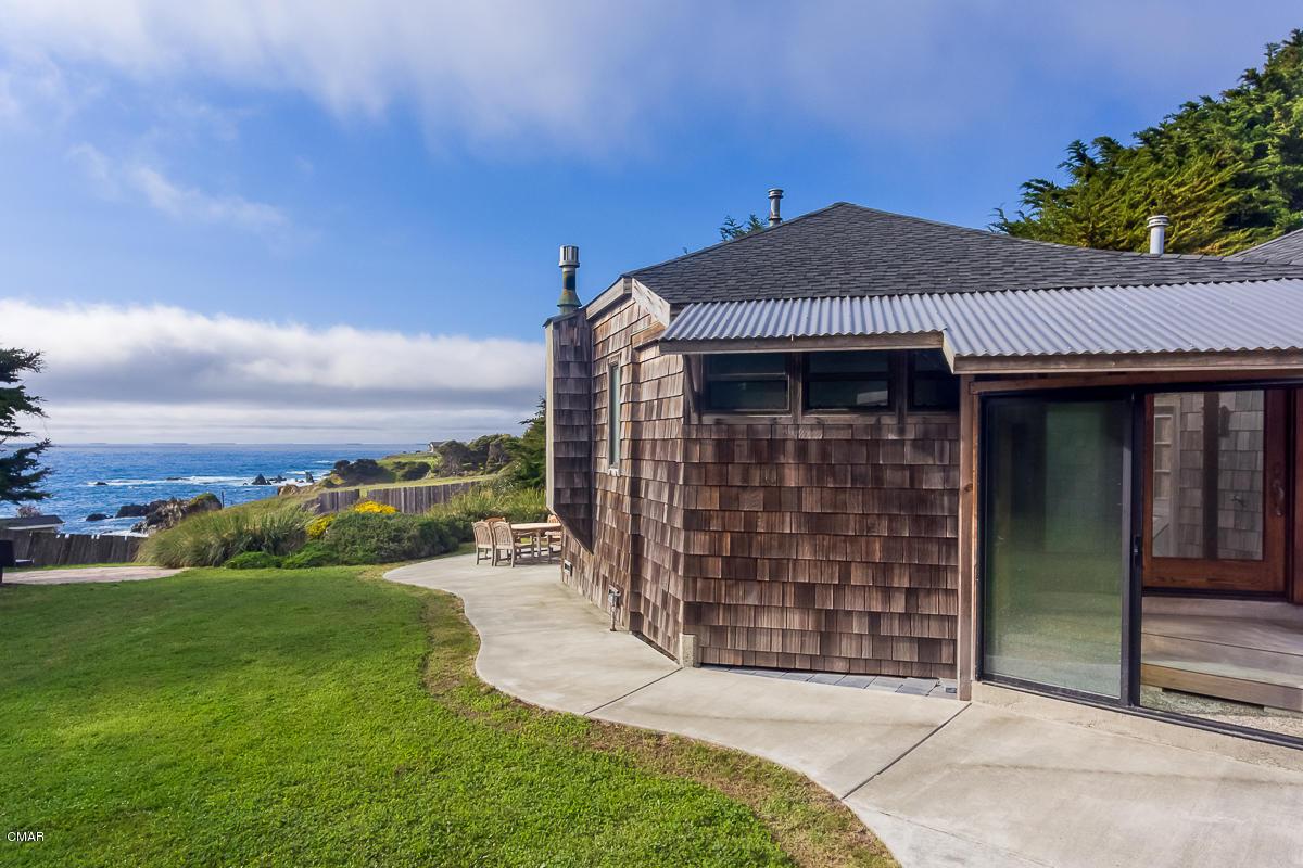 独户住宅 为 销售 在 33600 Pacific Way Fort Bragg, 加利福尼亚州 95437 美国