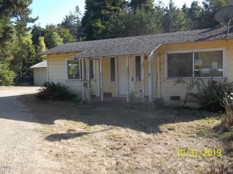 Please submit any pre-auction offers received through property details on Xome.com. Any post-auction offers will need to be submitted directly to the listing agent. All offers will be reviewed and responded to within 3 business days. All properties are subject to 5% buyer's premium pursuant to the Auction Participation Agreement and Terms & Conditions (minimums will apply). Please contact listing agent for details and commission paid on this property.Release and Hold Harmless Agreement must be signed before showing.