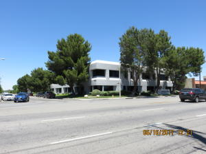 Property for sale at 44404 W 16th Street Unit: 107, Lancaster,  CA 93534