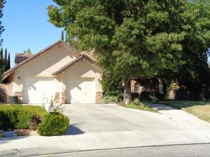 Property for sale at 43456 Wendy Way, Lancaster,  CA 93536