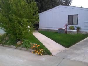 Property for sale at 33105 Santiago Road Unit: Spc 122, Acton,  CA 93510