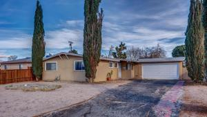Property for sale at 44038 Carolside Avenue, Lancaster,  CA 93535