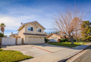 Property for sale at 1322 Kings Road, Palmdale,  CA 93551