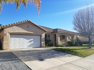 Property for sale at 3861 Grandview Drive, Palmdale,  CA 93551