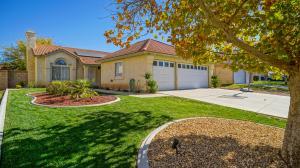Property for sale at 42816 Fanchon Avenue, Lancaster,  CA 93536