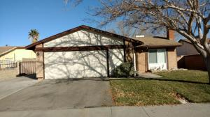Property for sale at 2217 W Avenue K14, Lancaster,  CA 93536