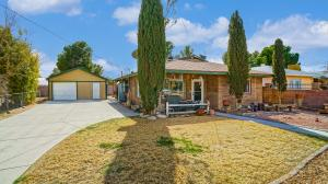 Property for sale at 710 E Avenue K8, Lancaster,  CA 93535