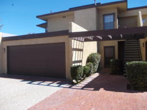 Property for sale at 42821 W 15th Street Unit 1, Lancaster,  CA 93534