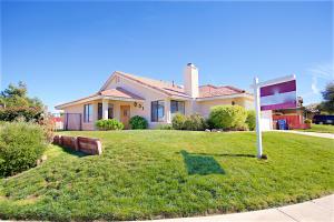 Property for sale at 40740 Via Nuevo, Palmdale,  CA 93551