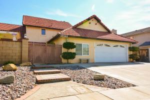 Property for sale at 39243 Gunsmoke Court, Palmdale,  CA 93551