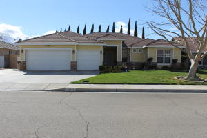 Property for sale at 43343 W 46th Street, Lancaster,  CA 93536