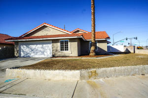 Property for sale at 3415 Ave S-1, Palmdale,  CA 93550