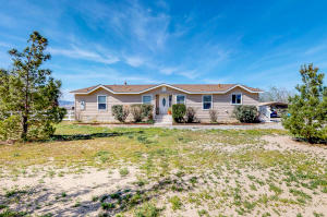 Property for sale at 28221 Benjie Way, Lancaster,  CA 93536
