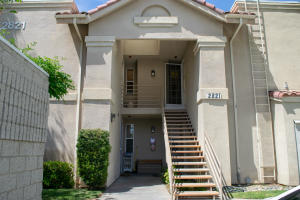 Property for sale at 2821 W West Avenue K-12 Unit: 215, Lancaster,  CA 93536