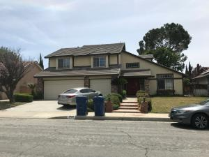 Property for sale at 2724 Sandstone Court, Palmdale,  CA 93551