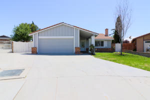 Property for sale at 43001 Sugar Street, Lancaster,  CA 93536