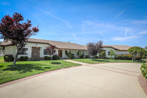 Property for sale at 41233 W 27th Street, Palmdale,  CA 93551