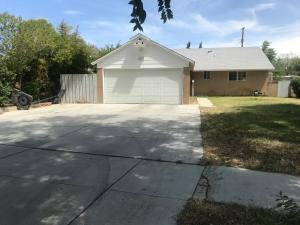 Property for sale at 1333 W W Jackman St Street, Lancaster,  CA 93534