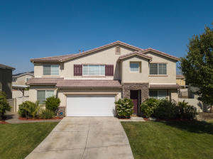 Property for sale at 37772 Leo Circle, Palmdale,  CA 93552
